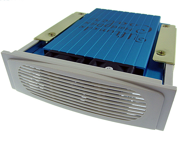 "Manhattan 5.25"" Dual Fan Hard Drive Cooler."