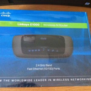 Linksys Wireless N Router E1000 300 Magabits retail box