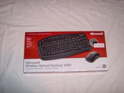 Microsoft Wireless Keyboard & Optical mouse retail box set